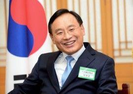 Foto del Embajador de Corea del Sur Sr. Park, Hee-kwon (mayo 2014)
