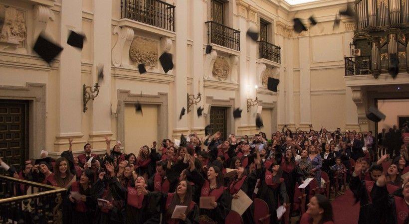 Graduación Octubre 2014-2015 EUDE