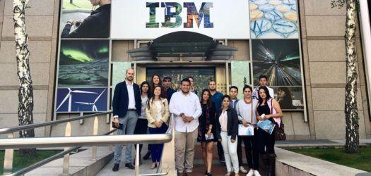 Alumnos de EUDE visitan IBM