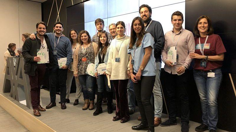 Dos alumnos de EUDE triunfan en el Bootcamp de AXA